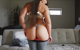 Fat Pest Latina Marta Deject Croft Bounces On high Doggy Coupled with Cowgirl