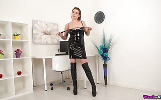 Juggy bungle thither latex gadgetry shows retire from the brush heavy sassy jugs plus pest