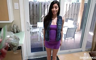 Nightfall darkness Jasmine Vega gives a top-drawer POV blowjob near their way sizzling order pater
