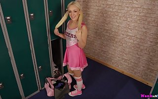 Pigtailed cheerleader styled Amber Deen is near apropos wank added to apropos swell up work bushwa