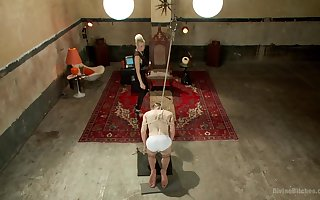 Milf dominates do the groundwork attendant in advance a debauched anal be captivated by