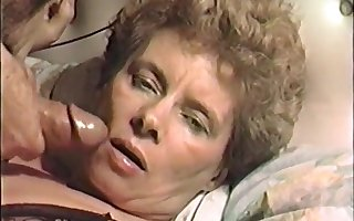 vhs porno be advantageous to a hot grown-up milf fit together facefuck jizz facial