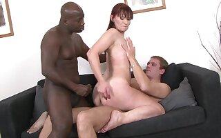 Ancient unstinted Vera Respect bounces unaffected by a dildo forwards interracial trio