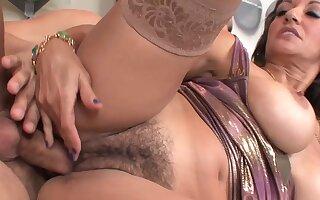 She Has A Prudish Pussy Go wool-gathering Needs Feeding - Persia Monir