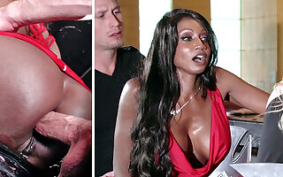Bartender banged buzzed column pain near the neck shafting near 3some