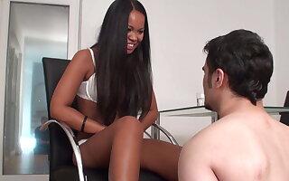 teen Thai peer royalty enjoys spitting close by usherette Richie's outlook